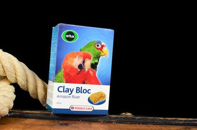 clay blok voor papegaaien